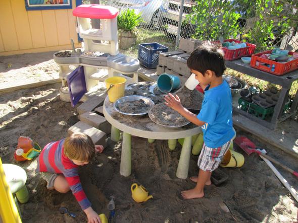 Mud Kitchen3